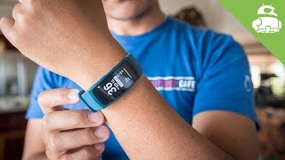 Can Samsung get fitness tracking right? | Gear Fit 2 Review!