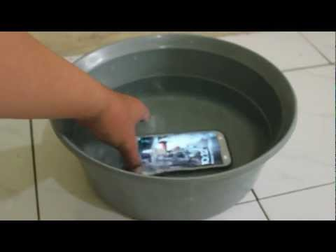 Samsung Galaxy Note 2 Water Resistant.mp4