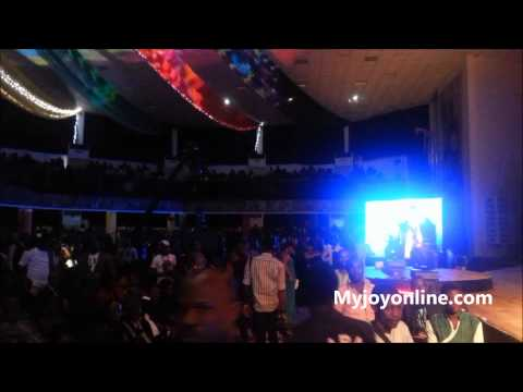 Flavour N'abania - performing at 2013 AMAAs