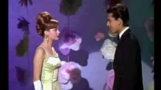 Rocio Durcal y Enrique Guzman - Acompañame