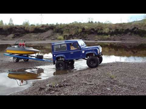 RC TRAIL CUSTOM BOAT TRAILER PULLED BY RC4WD DEFENDER D90