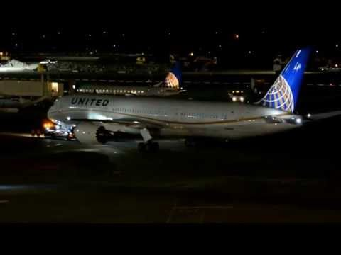 United Airlines first 787-9 Dreamliner (N38950) welcome home! Inaugural landing at Houston KIAH!