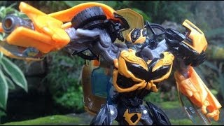 Transformers 4 Age of Extinction Deluxe BUMBLEBEE Review Camaro Concept 2014