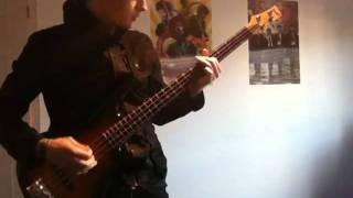 Twisted Wheel Shes a weapon Bass Cover 2011