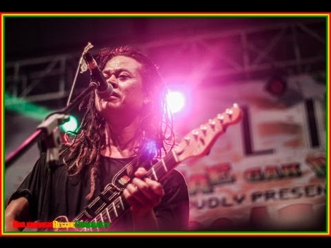 Tony Q at Nestlite Reggae Movement Banjarmasin