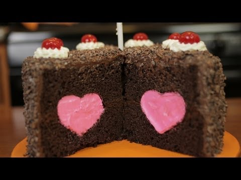 HOW TO MAKE THE PORTAL CAKE - NERDY NUMMIES