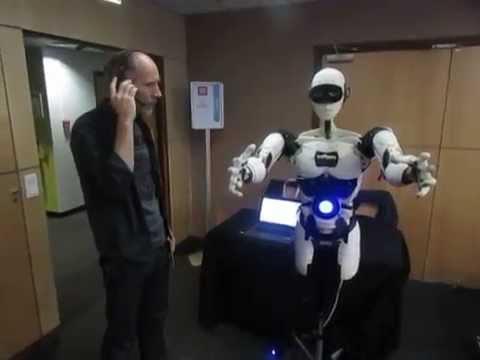 InMoov: Le robot humanoïde taille humaine open source à l'open world forum de Paris