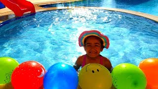 Esma pretend play with balloon in the pool games for kids video