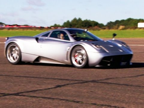 Pagani Huayra hits 200mph - Fifth Gear