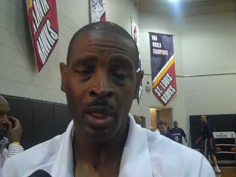 Larry Drew Atlanta Hawks head coach