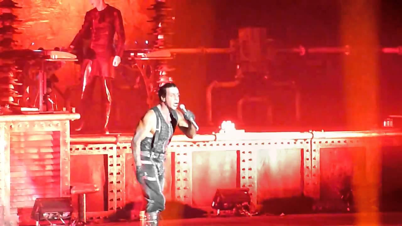 Rammstein Feuer Frei Madison Square Garden 11 12 2010 Hd Youtube