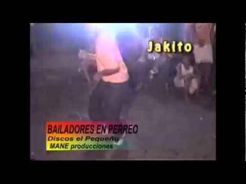 LOS MEJORES BAILANDO CHAMPETA LA LATICA