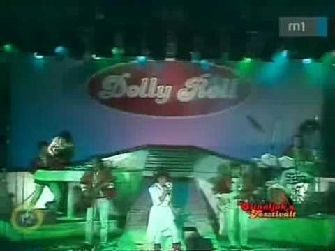 Dolly Roll - Elpattant Egy Húr