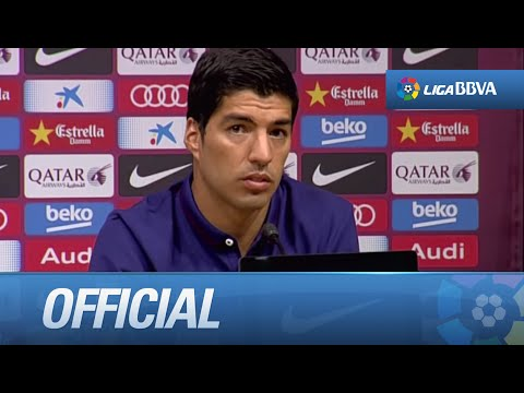 Luis Suárez signs for FC Barcelona
