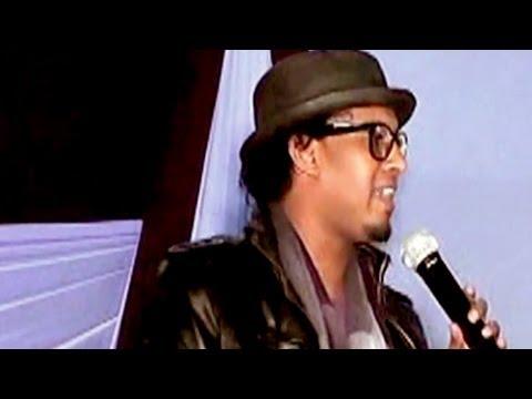 Gulled Ahmed New Song Live (abayada) Somali Music 2013 video