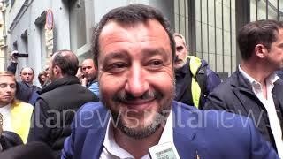 """Prof sospesa, Salvini: """"Demenziale paragone con leggi razziali"""""""