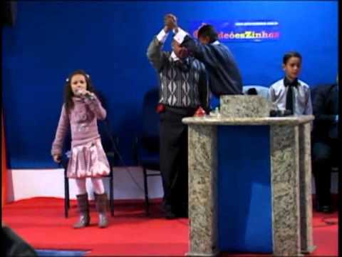 Criança, faz cair Fogo na igreja!!! Gideõeszinhos 2010 - Cantora Narriman Vitoria