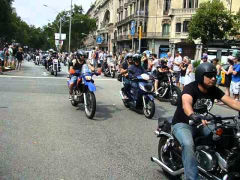 BARCELONA HARLEY DAYS 2014 - desfile de banderas II (6/julio/2014)