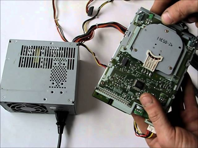DIY FLOPPY DRIVE CNC: Part 1 - Hack a Floppy Drive