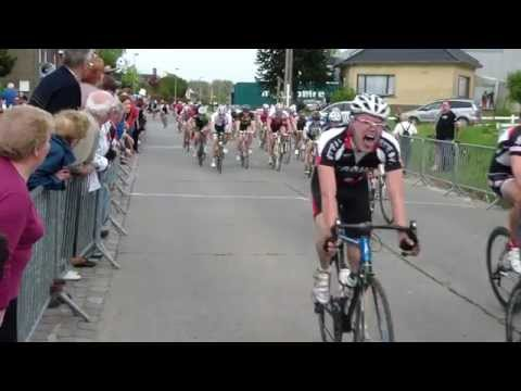 Wedstrijd te Gavere (30/04/2012) (A - categorie) (WAOD) (NGMT Cycling Team)