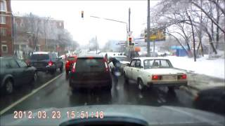 tire slashing knife road rage at an intersection in Russia