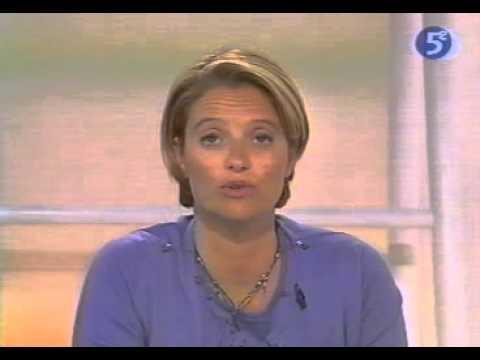 Marina carr re d 39 encausse et michel cym s youtube - Michel cymes marie a marina carrere d encausse ...