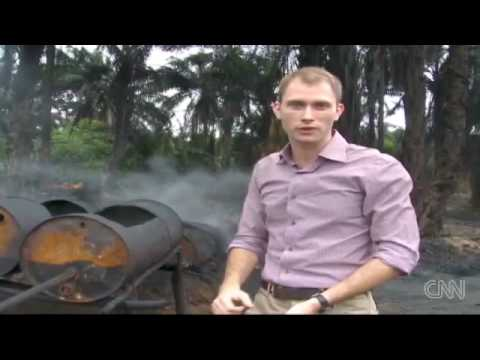 Death and oil in Niger Delta's illegal refineries - CNN.com.mp4
