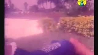 Poly Bangladesi Hot Sexy Actress Hot Garam Masala Scene_38