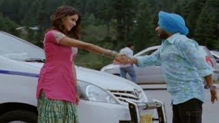Tere Naal Love Ho Gaya - Mini Seduces Petrol Pump Owner - Tere Naal Love Ho Gaya Movie Scene