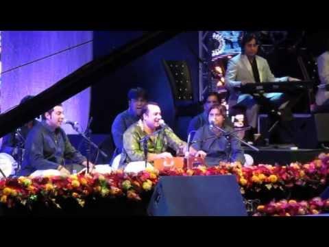 Rahat Fateh Ali Khan - Tumhe Dillagi Bhool Jaani (Live)
