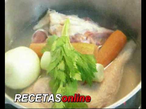 Caldo de pollo - Receta de cocina RECETASonline