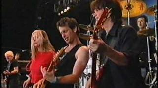 "Blondie, ""Rapture"" (live) 1999 (HQ) Glastonbury"