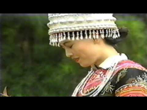 Mim Haam - Kheev Lam Koj Yog Ib Rev Paj (BEAUTIFUL HMONG CHINA.)