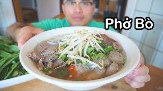 Hôm nay mình nấu và ăn phở bò Việt Nam