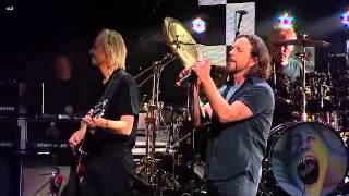 Comfortably Numb feat. Eddie Vedder (Live)