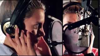 Agapornis - Torn (Video Clip)