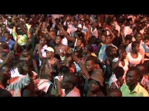 Mike Kalambay, Extrait Mega Celebration A Kin video
