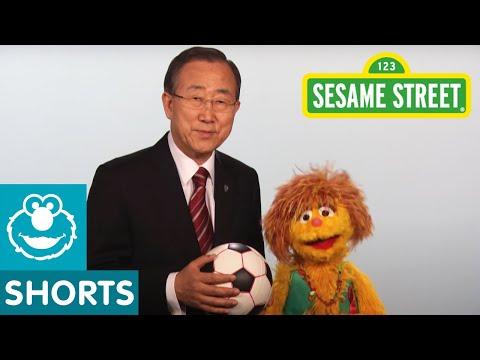 Sesame Street: Kami and UN Secretary General Ban Ki-Moon - Every Woman Every Child PSA