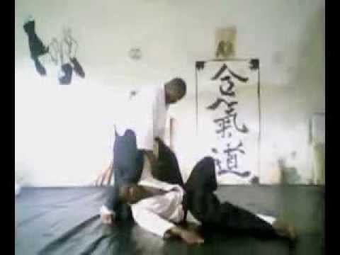 Tanto,Jo and Aiki jutsu techniques at Yeshua-Do Cameroon dojo. Image 1