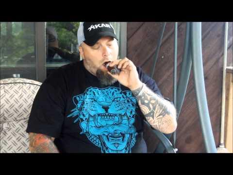 Asylum Cigars Straight Jacket 7x70 review