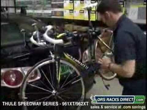 Thule 961XT / 962XT Speedway Trunk Strap-On Bike Rack Video