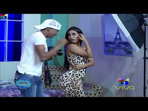 Acoso A La Colombiana En La Sesión Fotográfica - El Show De La Comedia