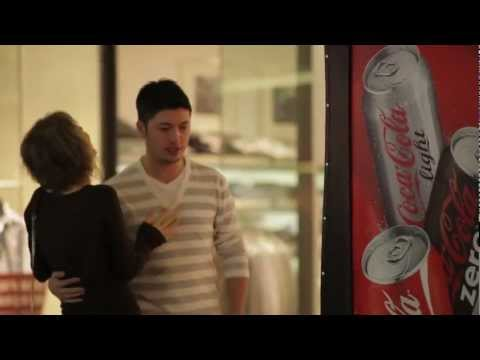 Guerrilla Marketing - Coca-Cola Happiness Machine for Couples