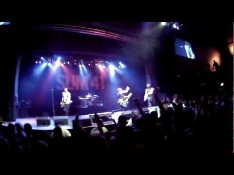 Sum 41 Live NY - DTLI Tour FULL CONCERT in 720p / Paramount / 11-16-2012 Watch in HD!