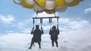 download lagu Parasailing In Bali gratis