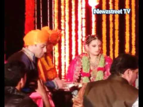 Salman Khan at Pulkit Samrat's wedding in Goa