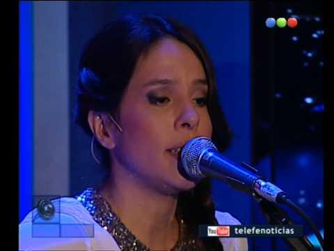 Rosario Ortega canta