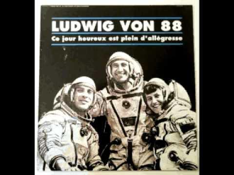 Ludwig Von 88 - Sous Le Soleil Des Tropiques