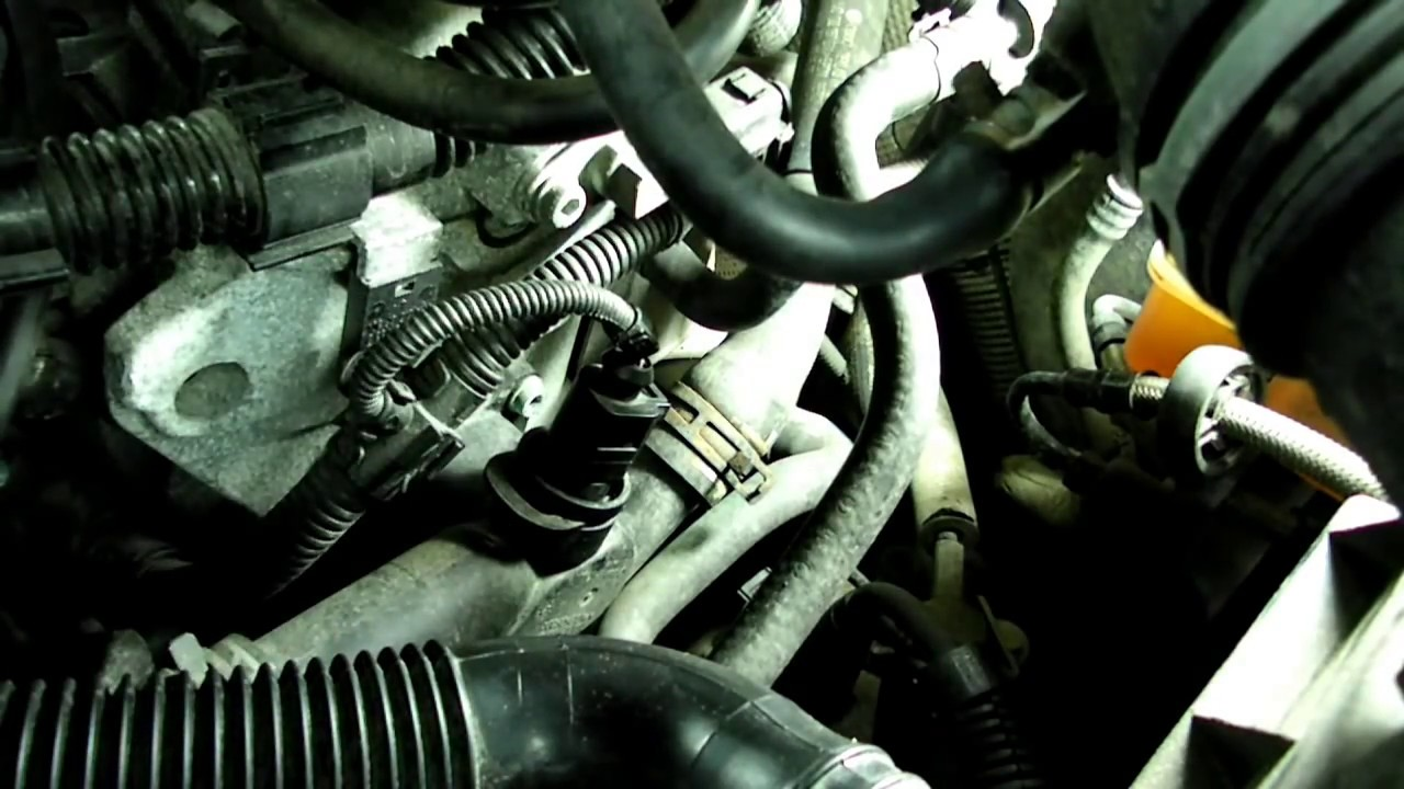 Watch on toyota pickup fuel filter install
