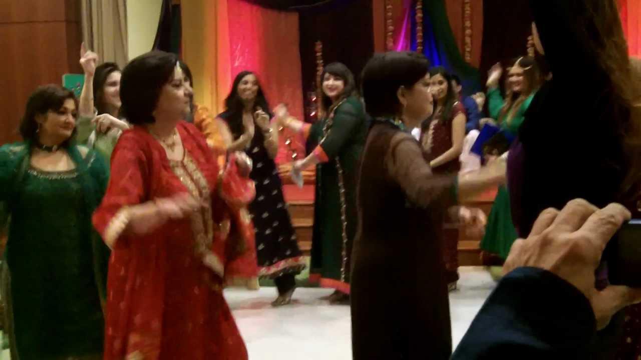 Mehndi S For Wedding Dance : Fahad s mehndi entrance afghan dance youtube